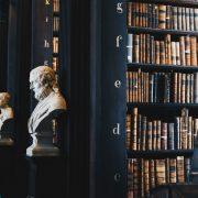 Filsafat kehidupan membosankan: Patung Filsafat Tokoh Filsuf Marcus Aurelius, Seneca, Epictetus